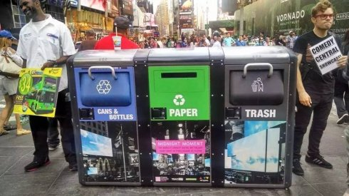 """高娓娓:被""""垃圾分类""""逼疯?来看看美国人怎么倒垃圾"""